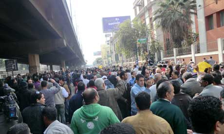 Protesters on front of Ahram building