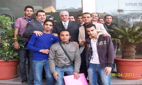 Hawass with youth of revolution