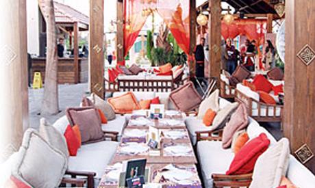 Oasis, outdoor food court, Sheraton area