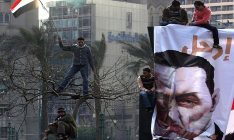 Fears that Mubarak may be set free are rising as the first anniversary of the revolution ‎approach.‎