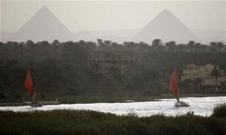 Egyptian foreign minister to start a tour of the Nile Basin countries (Photo by: Reuters)