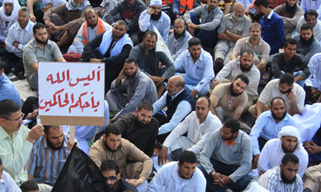 Thousands at Tahrir to demand implementation of Islamic Sharia law 9 Nov, 2012 (Photo: Mai Shaheen)