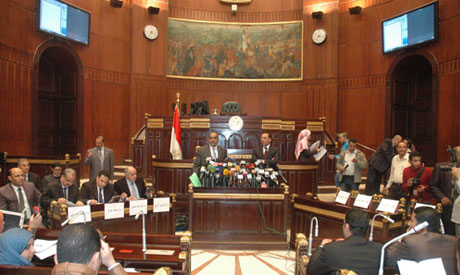 Egypt's outgoing constituent assembly holds debate without opposition