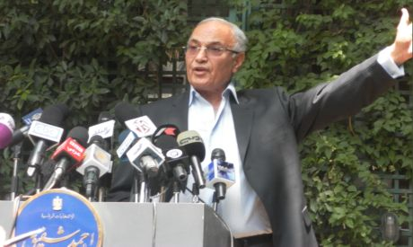 Presidential candidate Ahmed Shafik in a press conference (Photo by: Sherief Tarek)