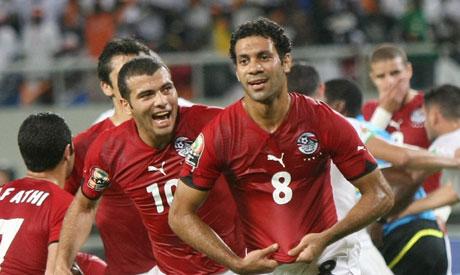 Hosny Abd Rabo (R) of Egypt