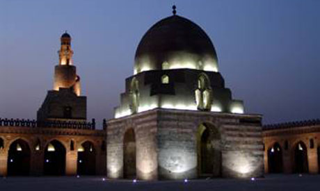 ibn tulun mosque at night