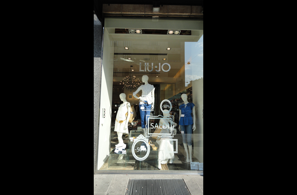 Italian Fashion Store online - Designer Clothes and Accessories for Men & Women