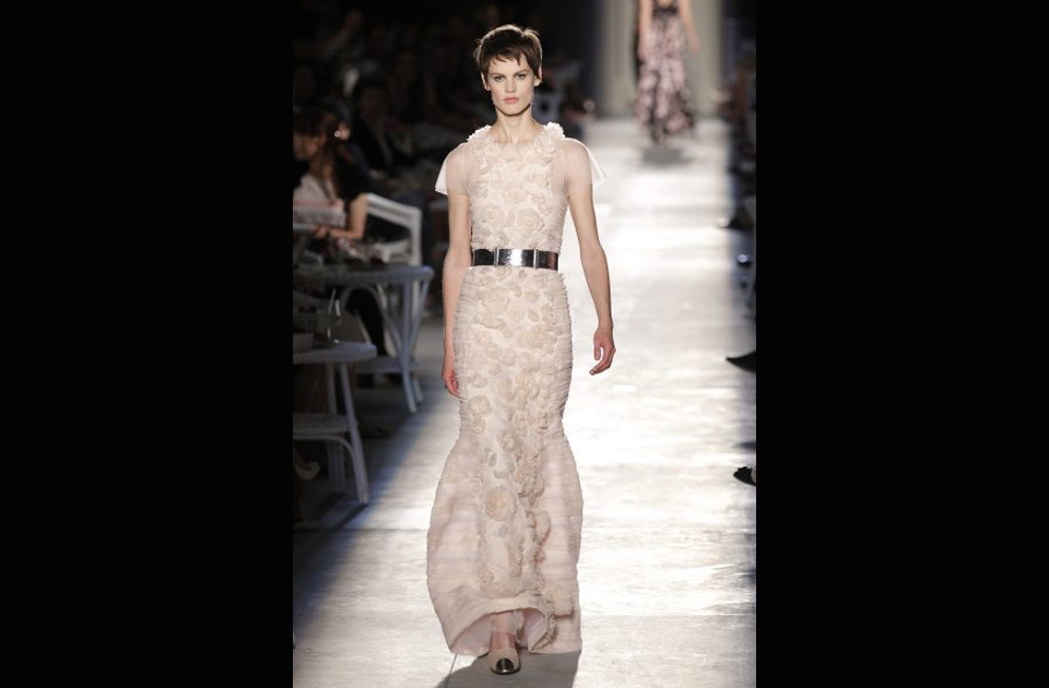 Stunning top designers 39 haute couture fashion in paris for List of haute couture designers