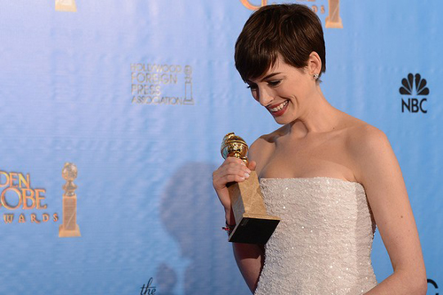 Anne Hathaway wins best supporting actress. Photo: AFP