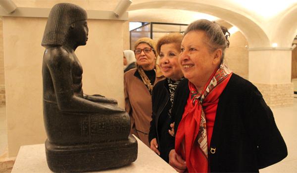 Amal Fikry visits Neues museum