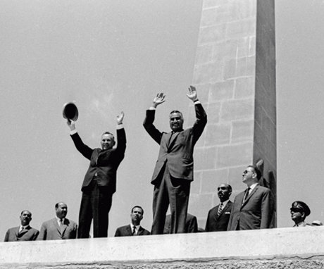 Chairman of the USSR Council of Ministers Alexei Kosygin and Egyptian President Gamal Abdel Nasser