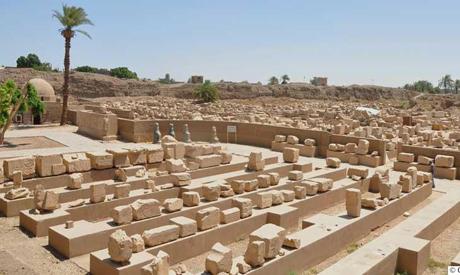 The blocks on mastabas, Photos courtesy of CFEETK