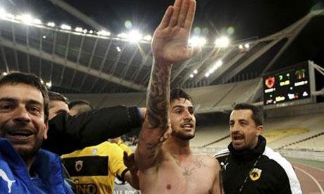 AEK Athens midfielder Giorgos Katidis