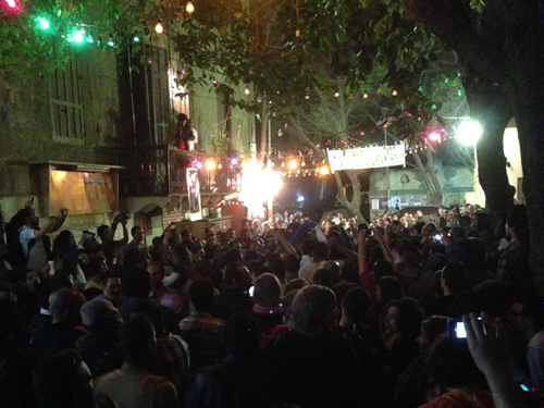 Shaabi music street party after Hal Badeel closing