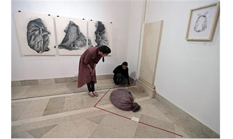 Exhibition in Islamabad April 3, 2013. (Photo: Reuters)