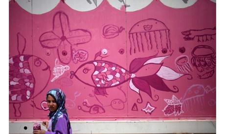 US artist, Syrian children beautify refugee camp
