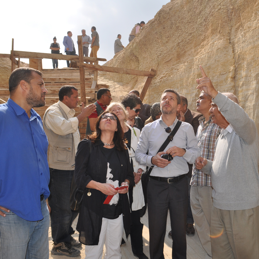 UNESCO delegate outside the Djoser