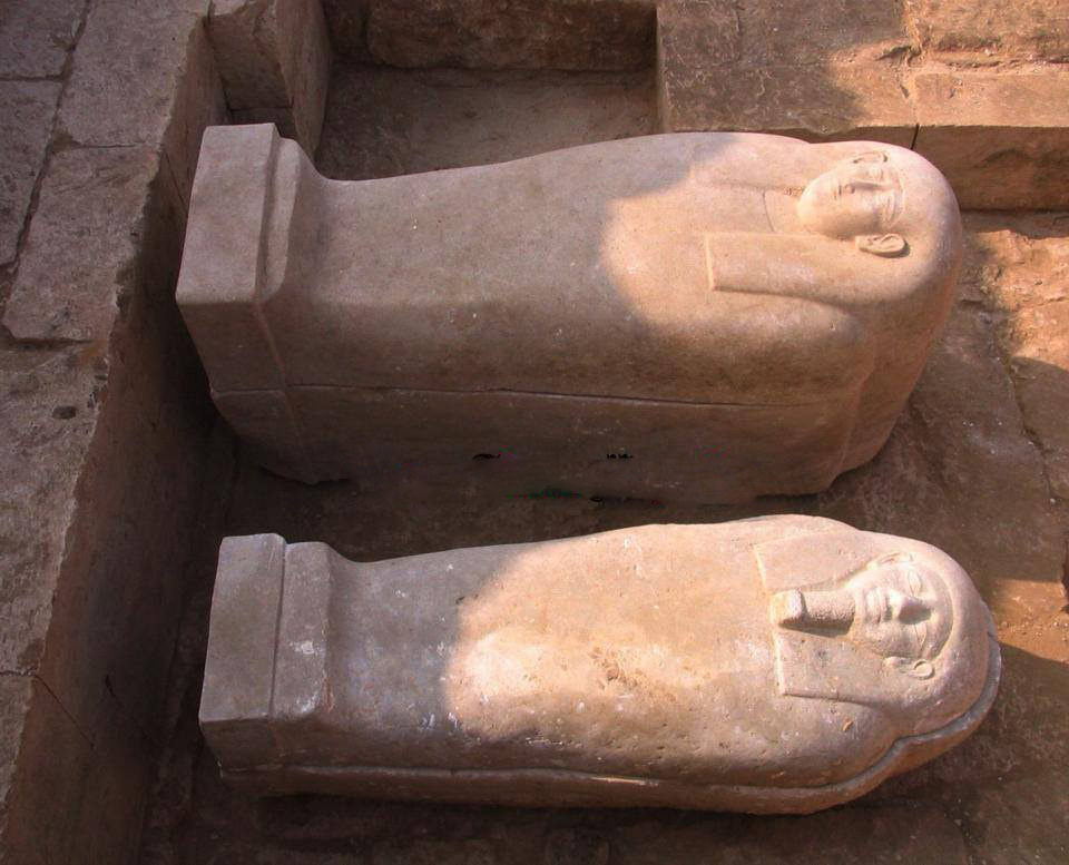 sarcophagi founds