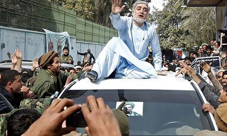 Afghan election back from the brink after resignation
