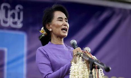 Suu Kyi rally