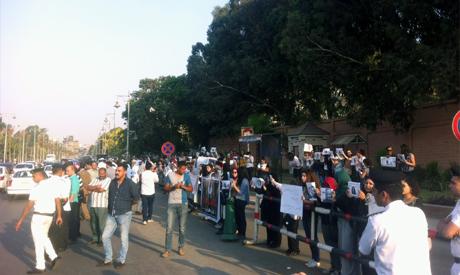 Egyptian women protestors outside Ittihadeya Presidential Palace