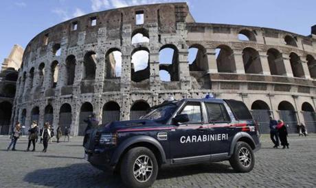 carabinieri colosseo