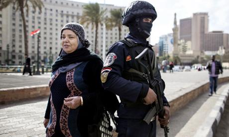 Egyptian policeman in Tahrir