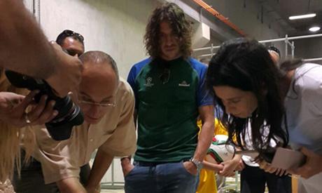 Tarek Tewfik with Carles Puyol at the museum