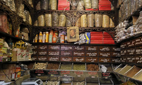 As drug supplies run short, Egyptians turn to herbal
