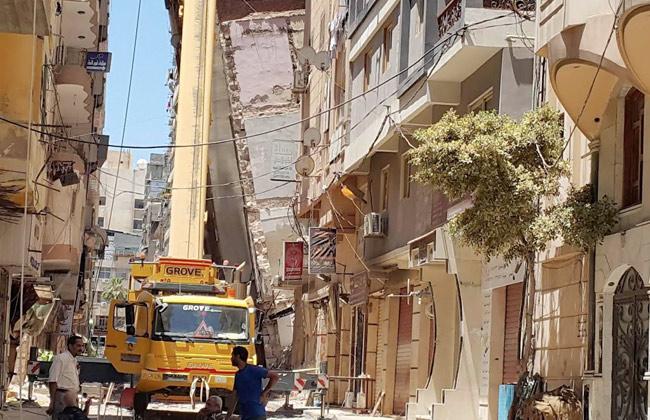 Demolition on Azarita building