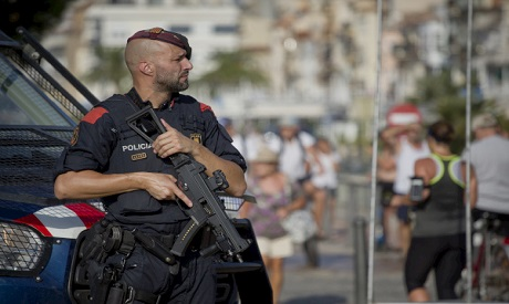 0eee41a33a2c74 Spanish police kill 5  suspected terrorists  in resort hours after Barcelona  attack