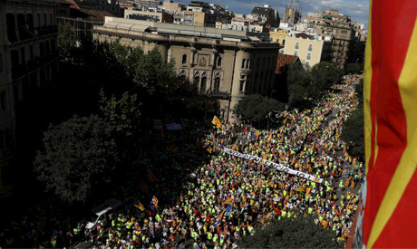 Spain passes measures to control Catalonia finances
