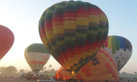 Hot air balloon crashes over Egypt's Luxor, killing tourist