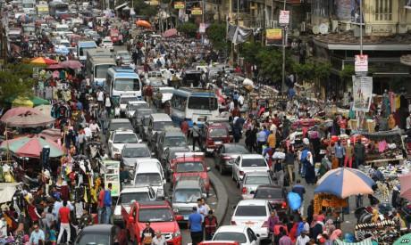 File photo: al-Attaba district, Cairo (Al-Ahram)
