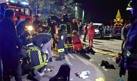6 people dead, dozens hurt in nightclub stampede in Italy
