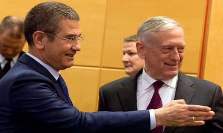 Mattis urges Turkey to stay focused on fighting ISIS in Syria