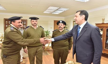 Governor honour policemen
