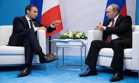 Macron & Putin