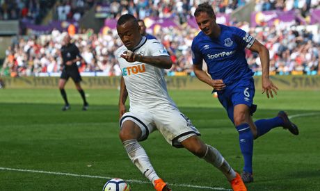 Everton fullback Baines: We can be pleased with Swansea draw