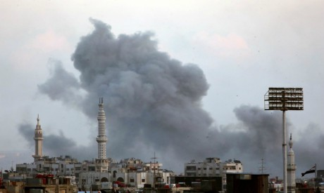 Smoke rises from Yarmouk Palestinian camp in Damascus, Syria April 21, 2018