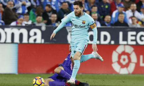Leaders Barcelona face Leganes at the Camp Nou