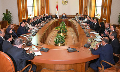 President El-Sisi meets with the newly sworn cabinet on Thursday afternoon (Photo courtesy of Egypti