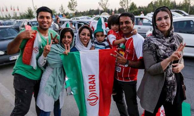 Iranian football supporters