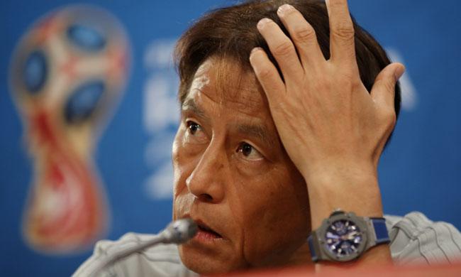 Japan coach Akira Nishino (Reuters)
