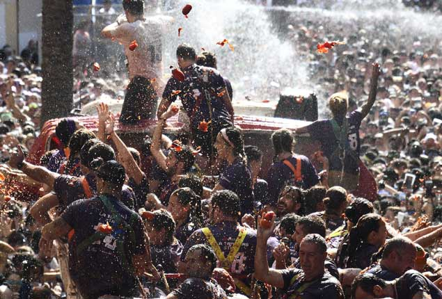 PHOTO GALLERY: La Tomatina festival in Spain
