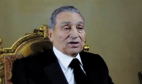 Mubarak reintroduces himself