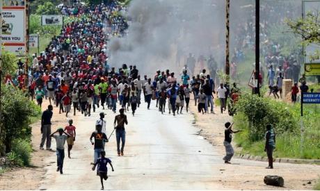 Zimbabweans protest