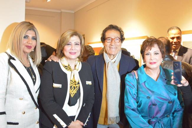 (L-r) Boussy Shalaby, Amal Osman, artist Farouk Hosny and Lebleba  (Ayman Barayez)