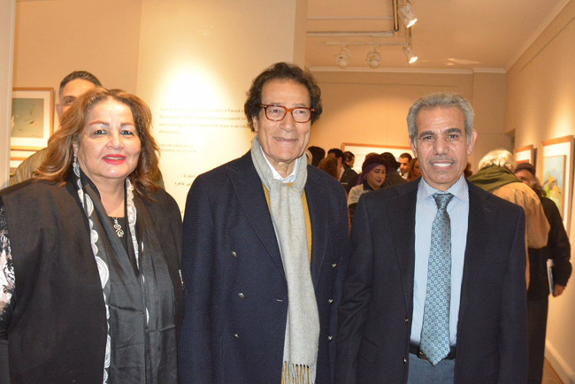 (L-r) Mona Ragab and former culture minister Farouk Hosny with Ibrahim Picasso (Ayman Barayez)