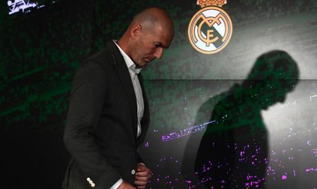 Real Madrid president Florentino Perez makes £300m transfer promise to Zinedine Zidane